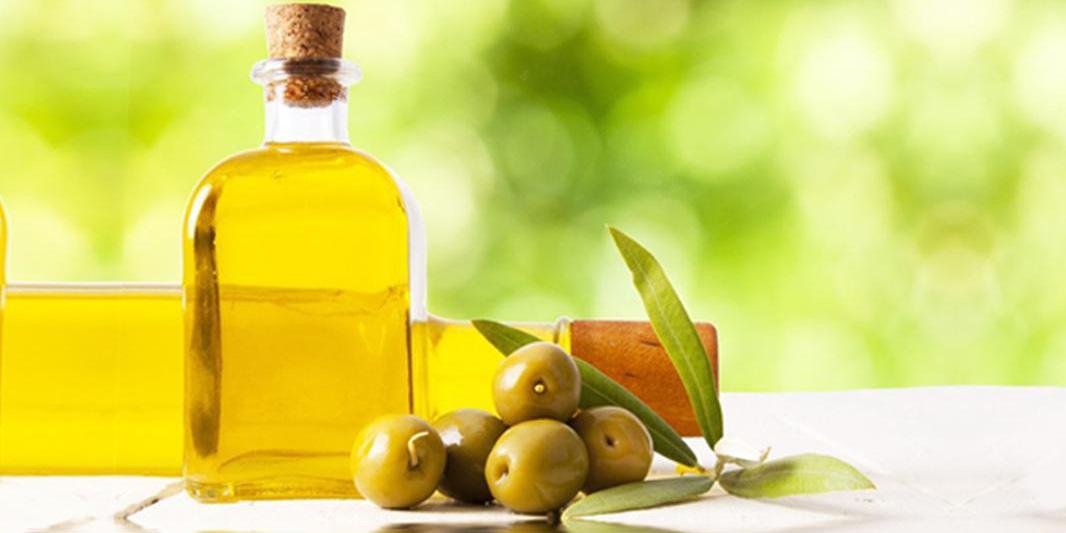 Entenda a importância de hidratar a pele - Óleos vegetais