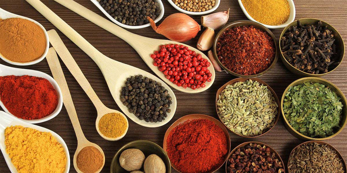Entenda a importância de hidratar a pele - ingredientes naturais