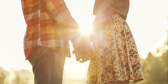 Óleo essencial para despertar um clima de romance